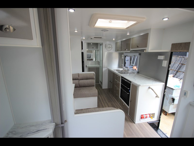 westernport caravans flawless 21' - off road 299450 039
