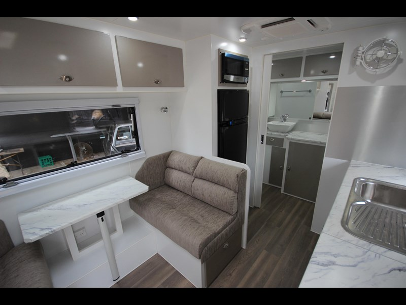westernport caravans flawless 21' - off road 299450 043