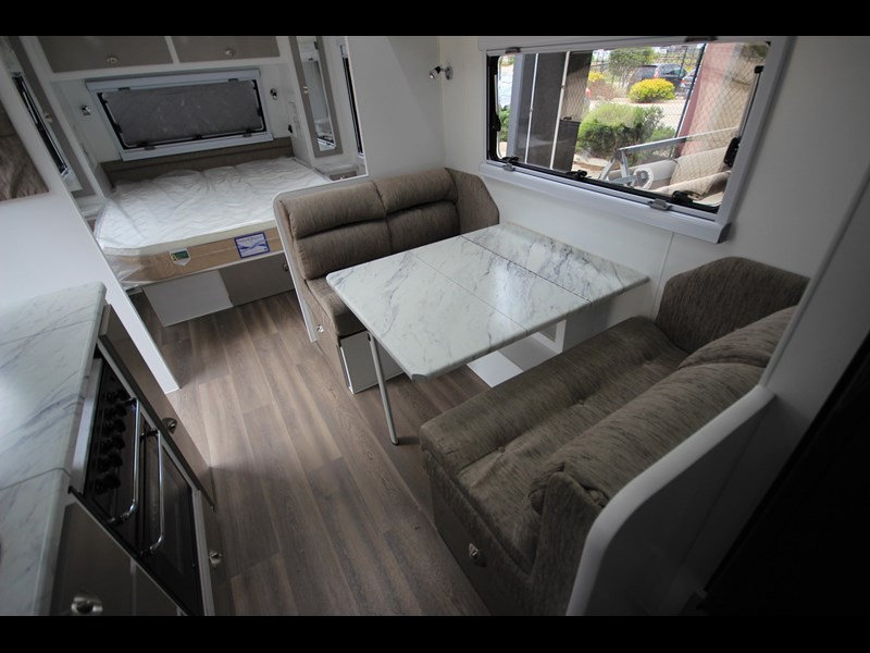 westernport caravans flawless 21' - off road 299450 049