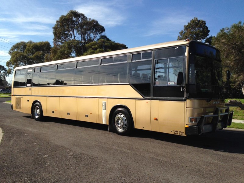 man coach 290 hp 301835 007