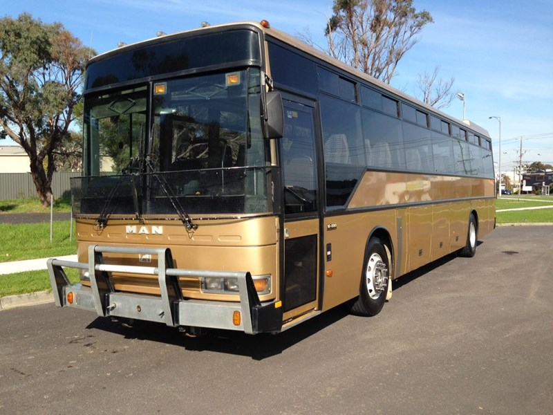 man coach 290 hp 301835 001