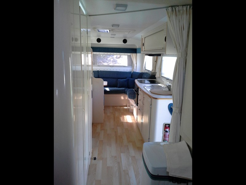 travelhome 2008  fifth wheeler + 2014 colorado 295453 003