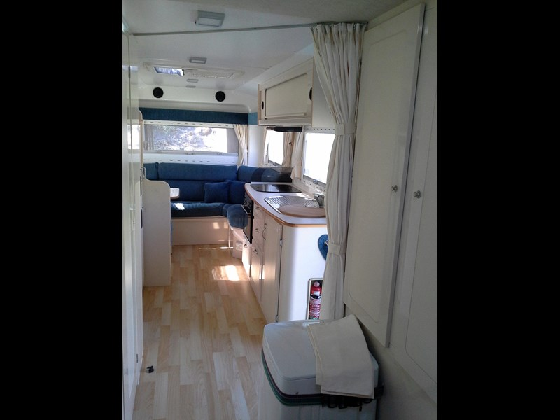 travelhome 2008  fifth wheeler + 2014 colorado 295453 015