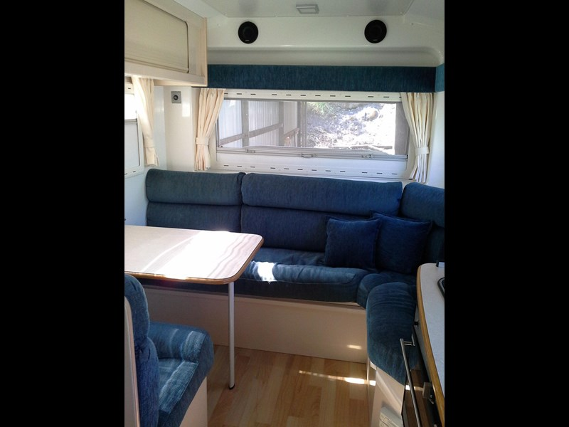 travelhome 2008  fifth wheeler + 2014 colorado 295453 017