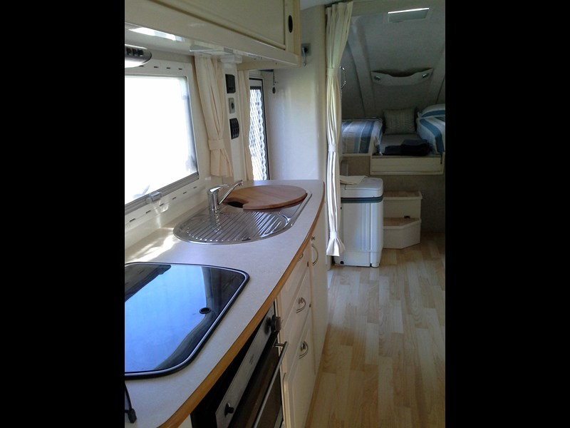 travelhome 2008  fifth wheeler + 2014 colorado 295453 005