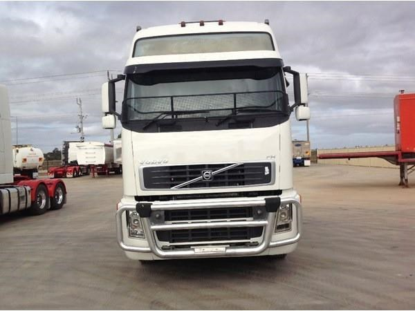 volvo fh13 304443 005