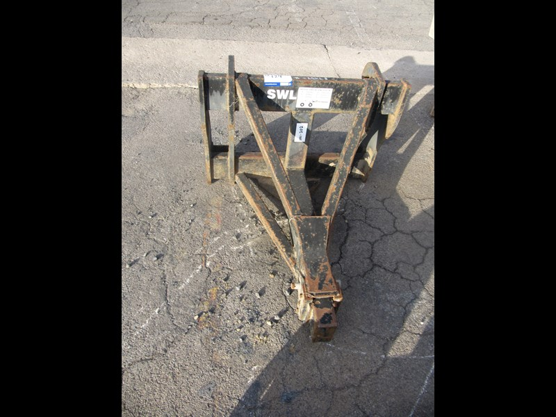 bobcat jcb2cx crane to suit bobcat (2 of) 304434 013