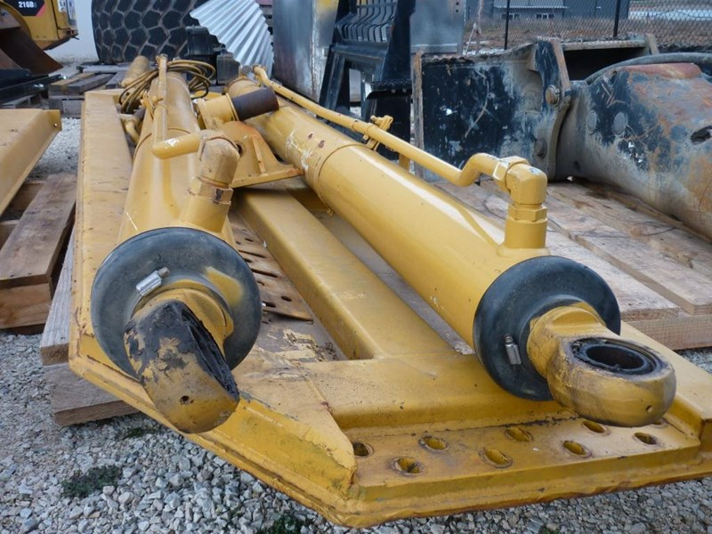 caterpillar 740 dump body lift cylinders 305322 003