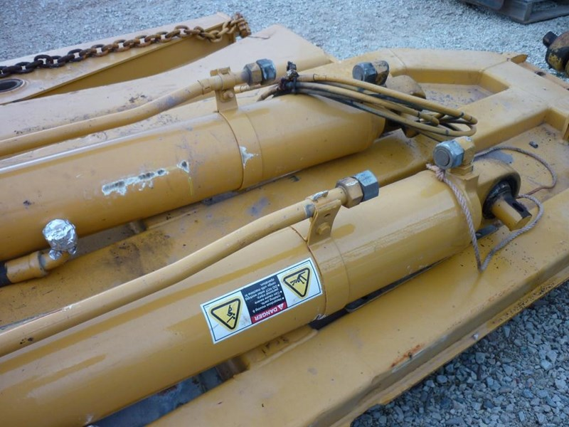 caterpillar 740 dump body lift cylinders 305322 005
