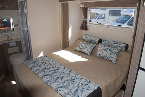 sunliner holiday luxury motorhome 306049 015