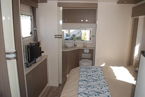 sunliner holiday luxury motorhome 306049 023