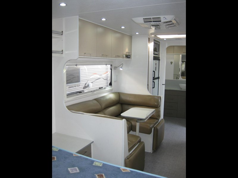 new age oz classic 22ft ensuite 306014 003