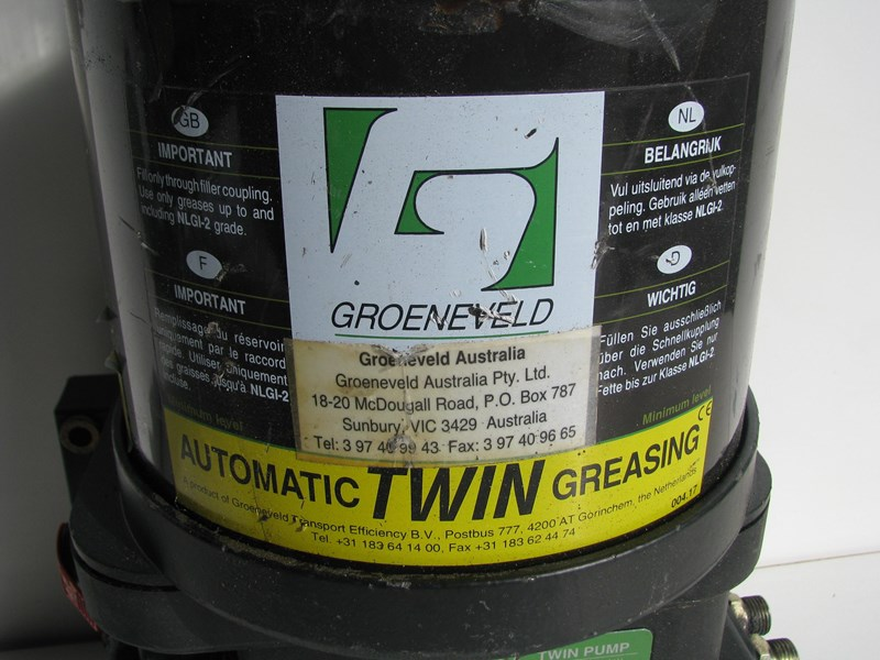 groeneveld automatic greasing system twin pump 307281 007