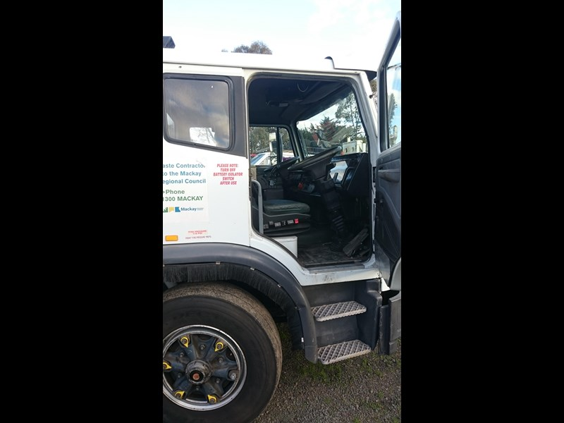 iveco 2350g 308284 003