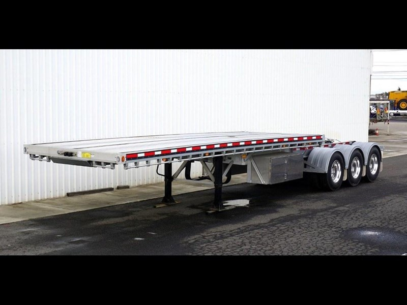 reitnouer a trailer 217860 001