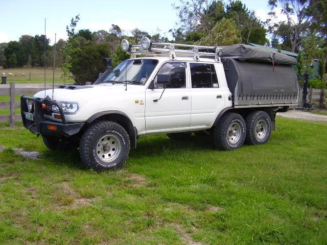 toyota landcruiser 6 wheel drive 310229 023