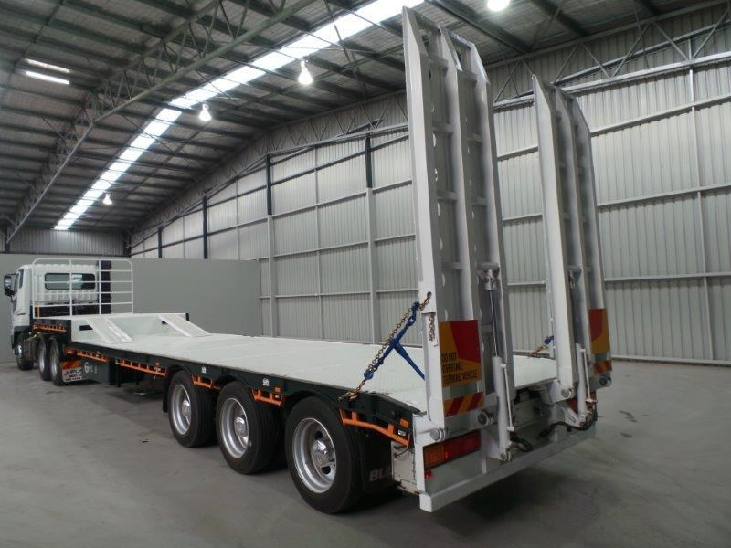 bullet drop deck trailer 311349 004