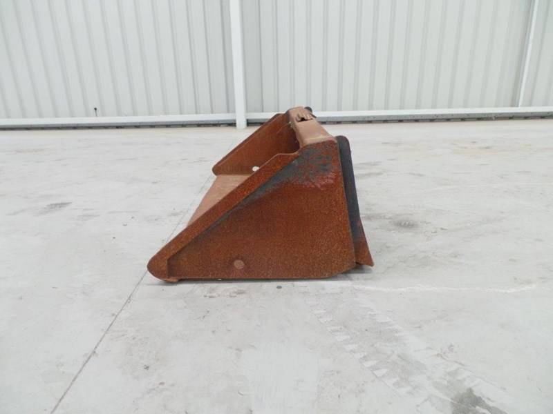 workmate skid steer gp bucket 312953 002