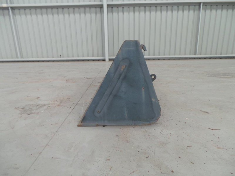 workmate 1860mm gp bucket 313157 002
