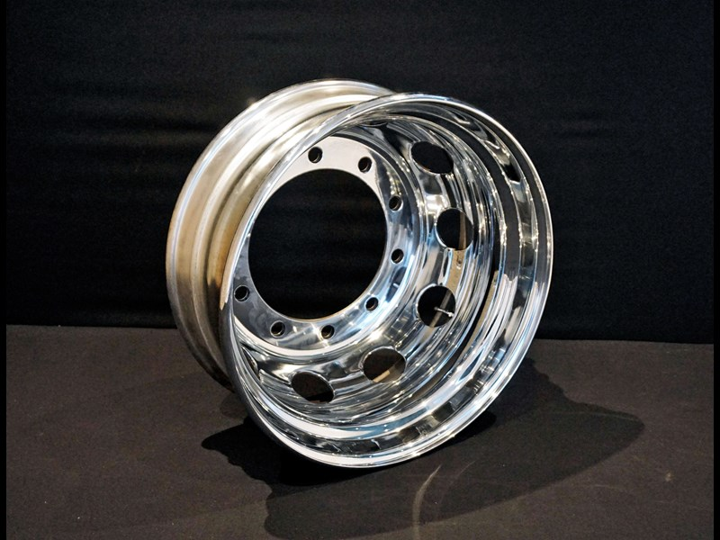 rims 10/335 8.25x22.5 chrome steel rims 316230 001