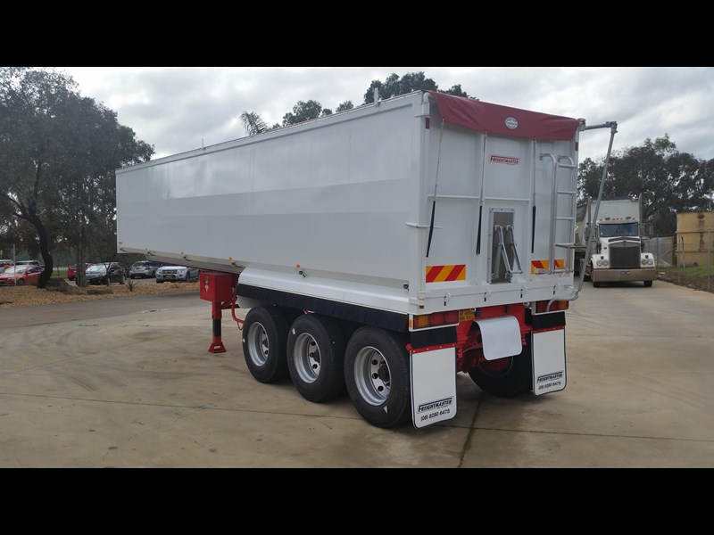 freightmaster 32' x 6' steel chassis tipper 16169 009