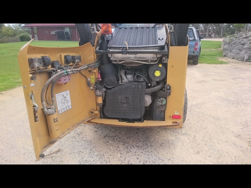 caterpillar 262c skid steer loader 318601 009