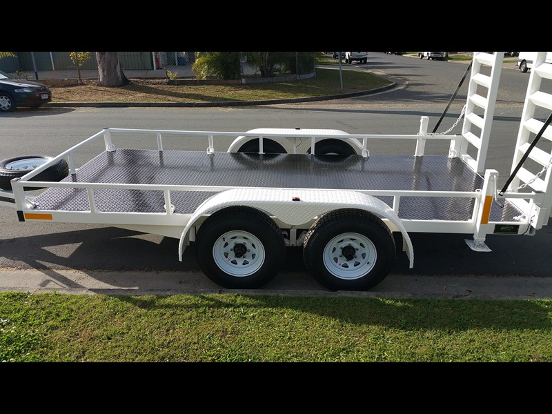 positive quality trailers 14ft 4.5 tonne heavy duty machinery trailer 318959 003