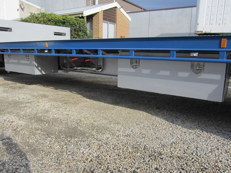 ati drop deck with bi-fold ramps 15763 005