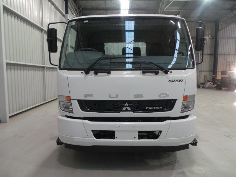 fuso fighter 2427 320386 013