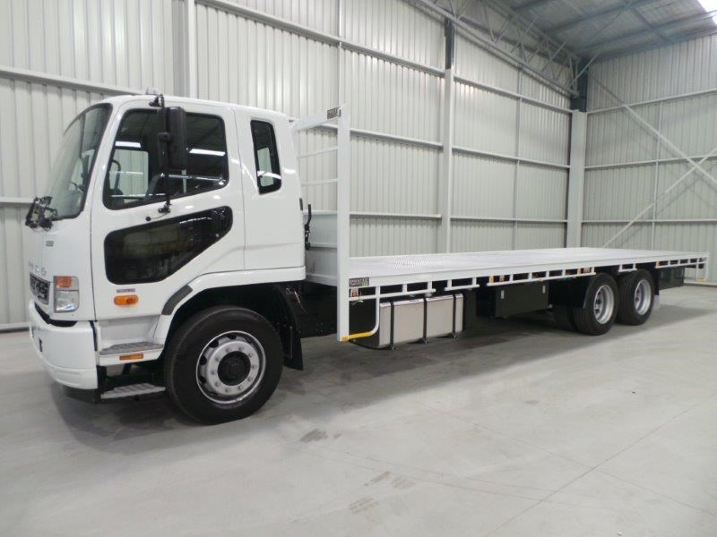 fuso fighter 2427 320419 001