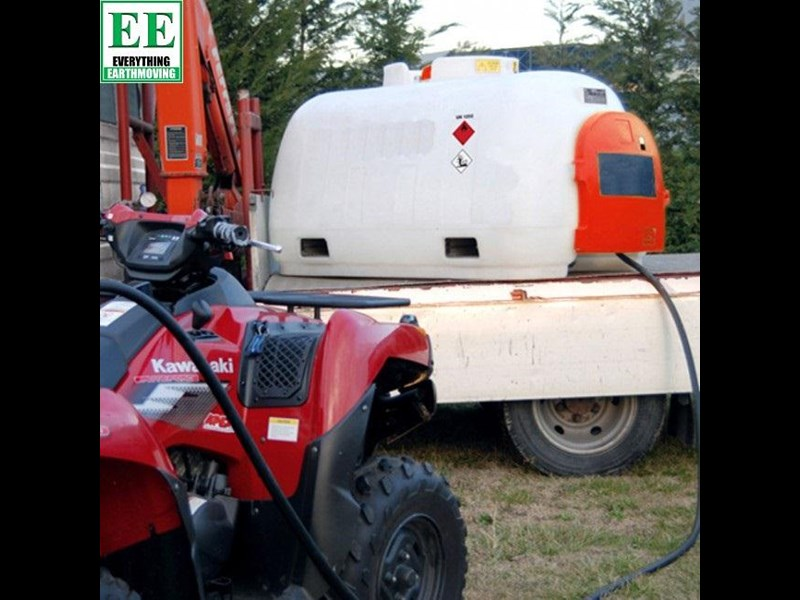 tuff tank steel diesel tanks and pumps 400 ltr steel diesel tanks and pumps 321275 023
