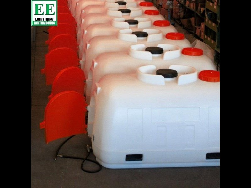 tuff tank 600 ltr steel diesel tanks and pumps 321282 053