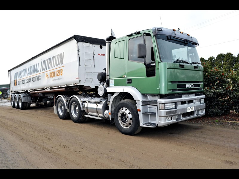 iveco mp4500 eurotech 323926 001