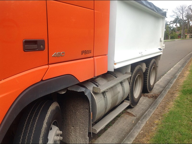 volvo fh12 324509 007