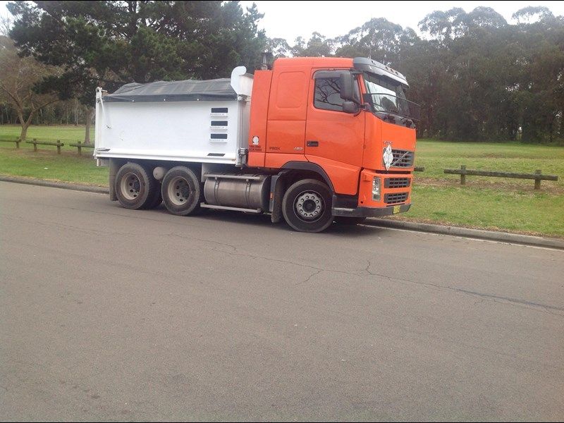 volvo fh12 324509 001