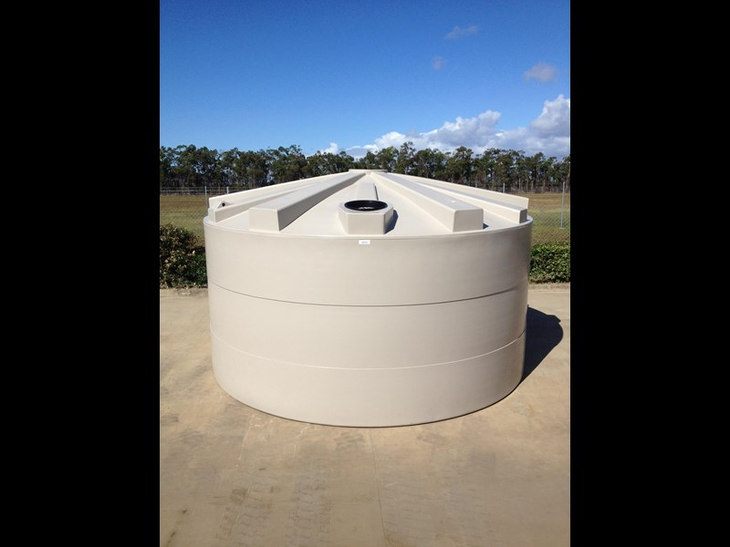 rain again tanks 5000gal (22,700ltr) 325032 001