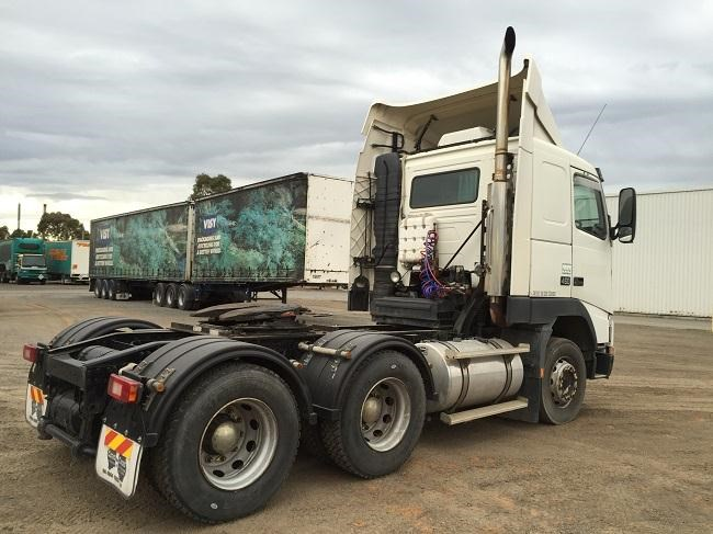 volvo fh12 325261 007