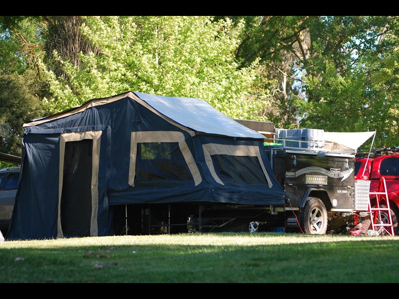 adventure offroad campers grand tourer 325804 001
