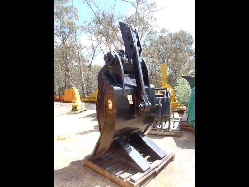 caterpillar 25-30 ton 326365 013