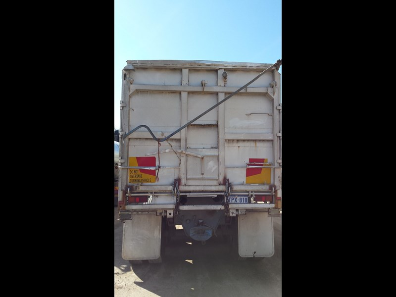 howard porter 1989 tipper 329682 003