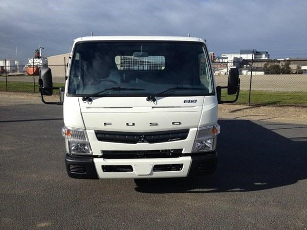 fuso canter 328912 005