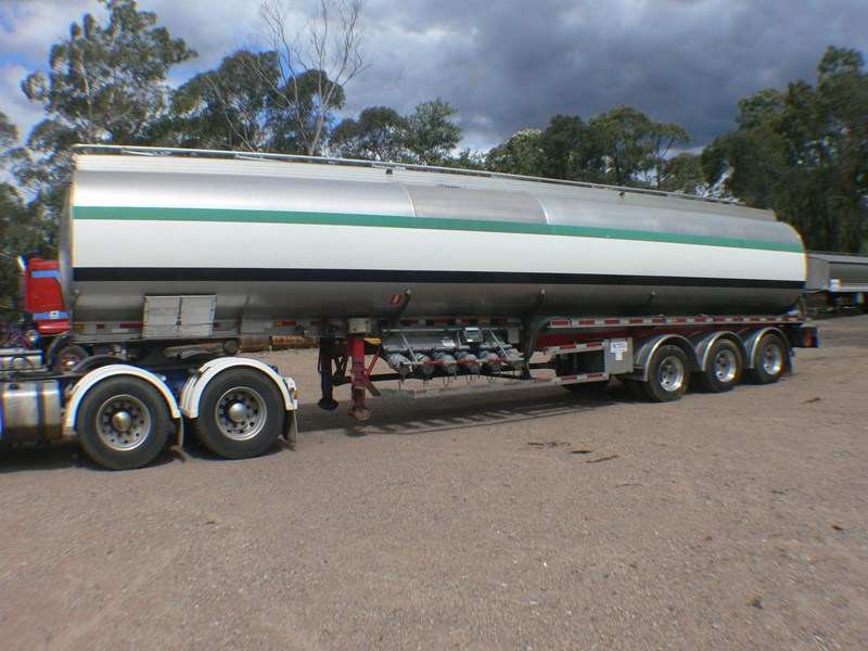 marshall lethlean fuel tanker 331278 001