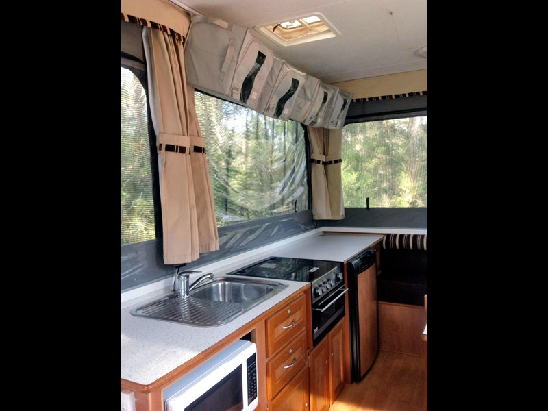 goldstream rv crown off road 336345 009