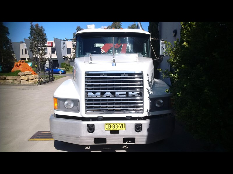 mack valueliner 336326 007