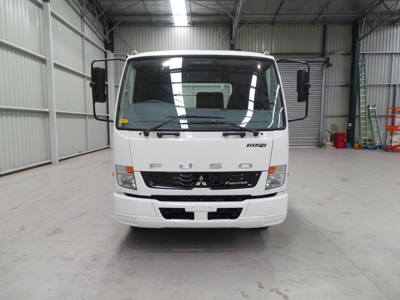 fuso fighter 1024 336843 007