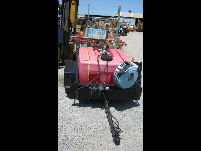 silvan spray unit mounted on trailer 336986 015