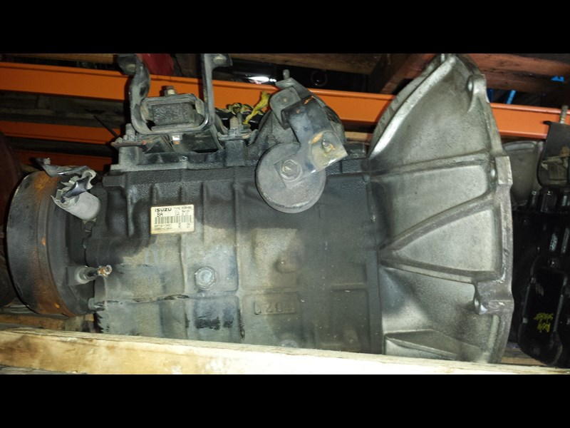 gearboxes isuzu npr 5 speed 337262 001