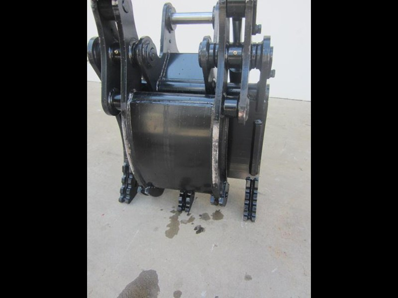 australian bucket supplies hydraulic rock grab to suit 8-10t excavators 337207 003