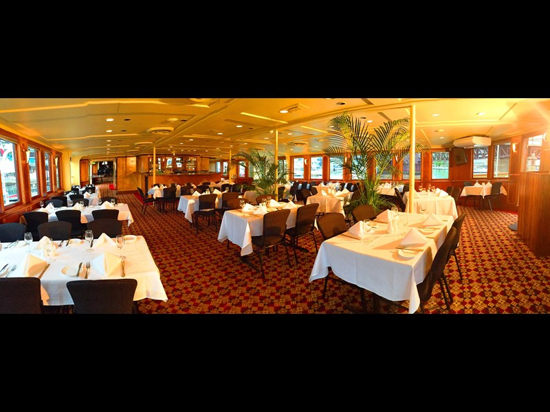 ship / ferry / floating restaurant 337935 011