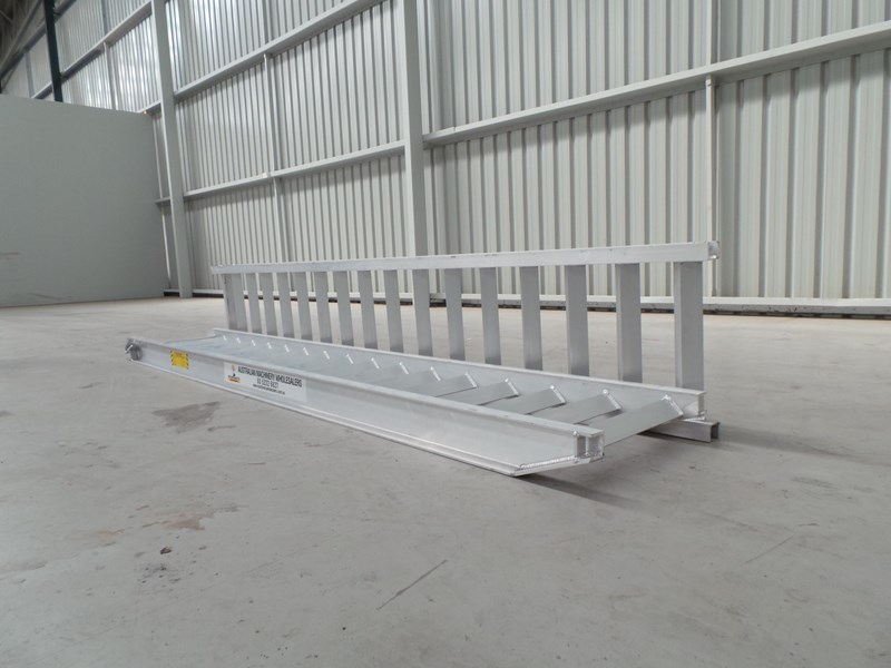workmate 5 ton alloy loading ramps 10080 005